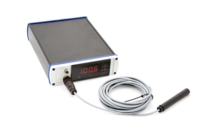 Picture of 1-channel oxygen analyzer and probe